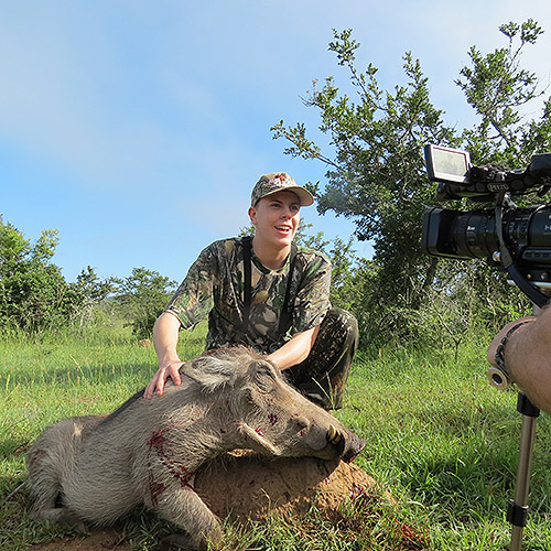 Under innspilling av jaktfilm i Sør-Afrika 2014